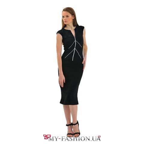 Чёрное дизайнерское платье средней длины