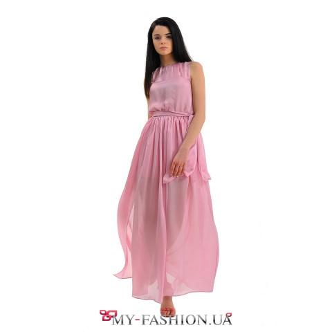 Длинное розовое платье с пояском
