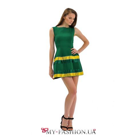 Зелёное коктейльное платье в стиле new look