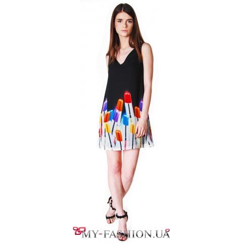 Лёгкое платье с авторским принтом помадок