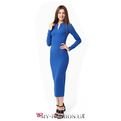 Офисное платье средней длины глубокого синего цвета