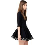 Короткое платье с декоративной жаккардовой вставкой