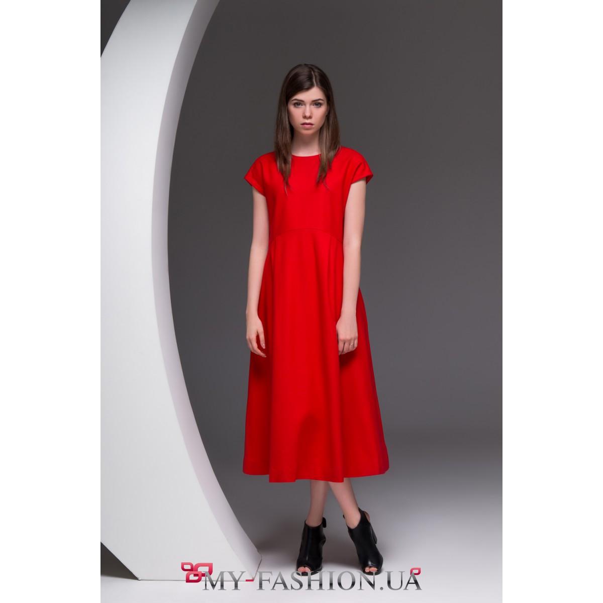 cc4d2be8a2f Восхитительное красное платье средней длины · Восхитительное красное платье  средней длины ...