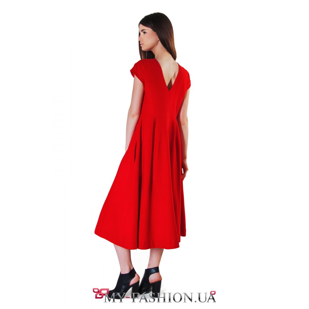 c947a8fa906 Восхитительное красное платье средней длины купить в интернет ...