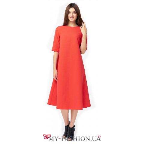 Красное платье-трапеция из фактурного жаккарда с шёлком