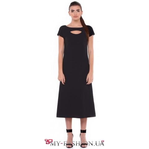 Черное платье миди длины шифт силуэта