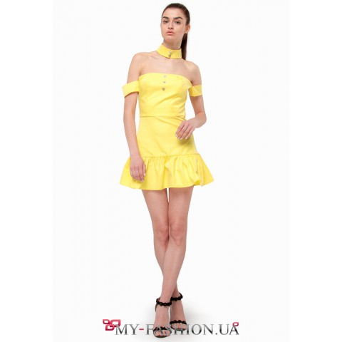 Кокетливое желтое платье мини длины