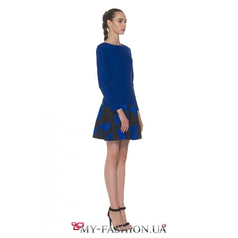 Кокетливое мини платье, созданное из эко-замши