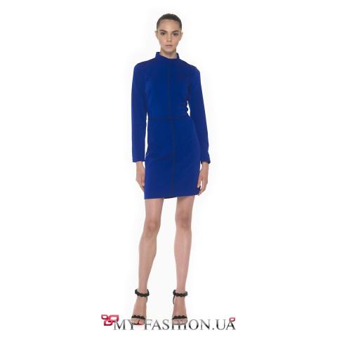 Платье-футляр королевского синего цвета