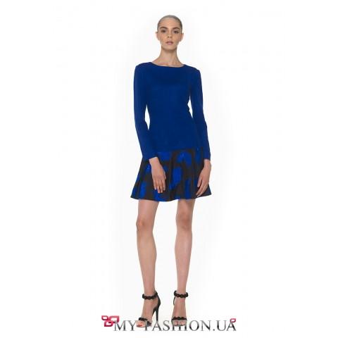 Кокетливое платье мини длины синего цвета