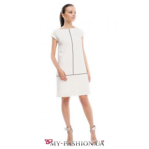 Платье прямого силуэта из высококачественной шерсти