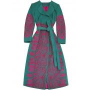 Яркое пальто с аутентичной вышивкой