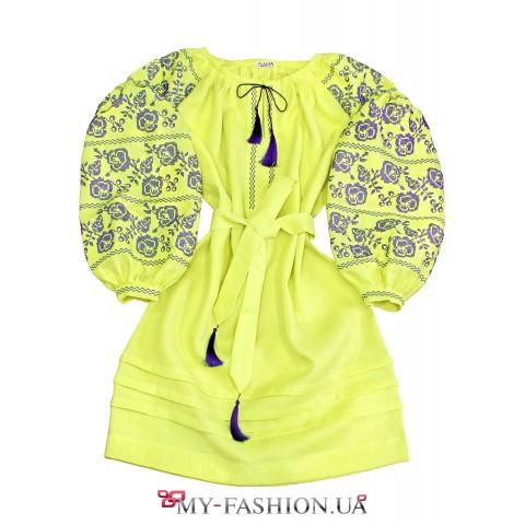 Платье-вышиванка лимонного цвета
