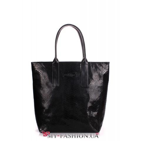 Вместительная сумка прямоугольной формы