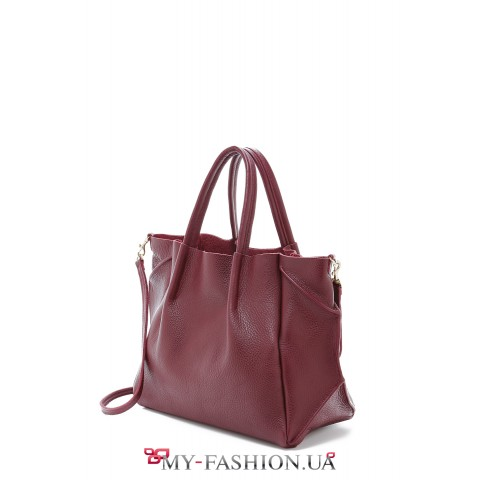 Удобная кожаная сумка коричневого цвета