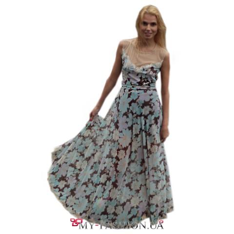 Оригинальное платье с прозрачной спиной из сетки