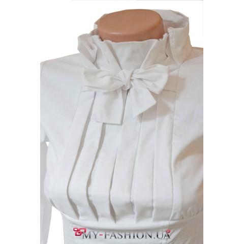 Блузка с бантом завязкой и открытой спиной