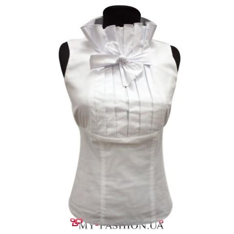 Белая блузка без рукавов на лето