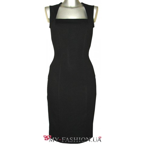 Красивое чёрное платье-футляр