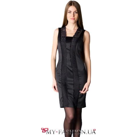 Атласное платье-сарафан с кружевом
