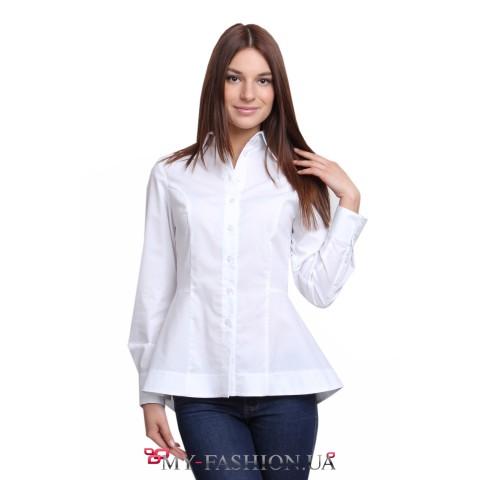 Белая блузка с асимметричной баской