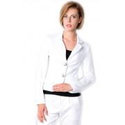 Белый приталенный жакет укороченной модели
