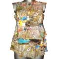 Летняя блуза с широкими воланами и ярким принтом
