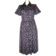 Легкое летнее платье с застежкой на пуговки