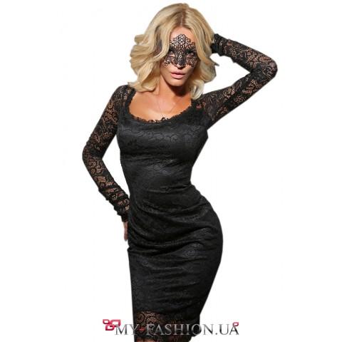 Вечернее платье из стрейчевого кружева с открытой спиной