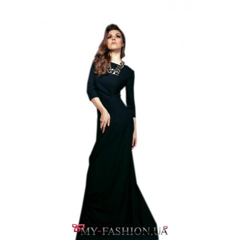 Длинное чёрное платье с карманами
