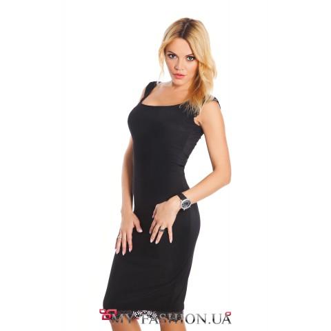 Чёрное коктейльное платье с кружевной отделкой