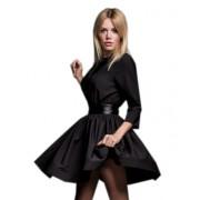 Оригинальное черное платье с открытой спиной