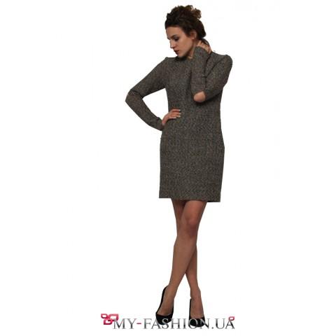 Короткое тёплое платье с прорезями на локтях