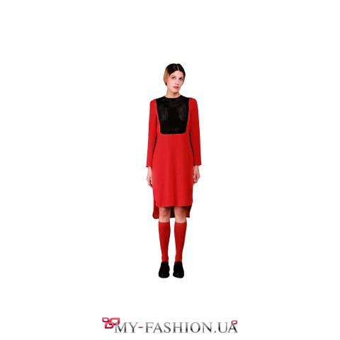 Красное асимметричное платье с чёрными вставками