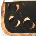 Чёрно-золотая сумочка из натуральной кожи