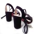 Шикарные женские босоножки с ремешком вокруг щиколотки
