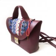 Удобная женская сумка-портфель бордового цвета