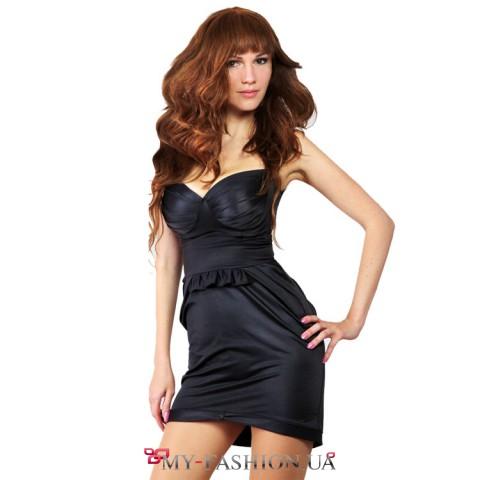 Вечернее платье из полированного трикотажа