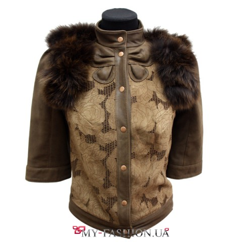 Коричневая куртка с жаккардовыми вставками
