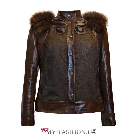 Кожаная женская куртка на кнопках