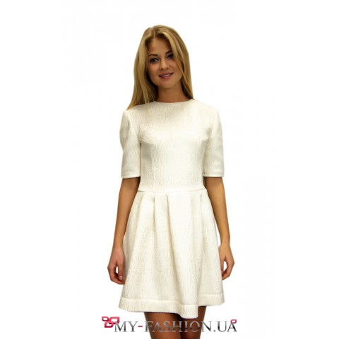 Короткое платье из мягкого жаккарда
