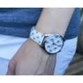 Белые оригинальные наручные часы